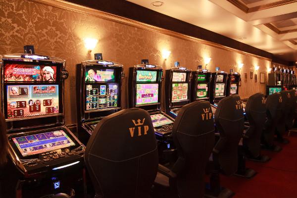 Особенности дизайна игровых автоматов казино Вулкан